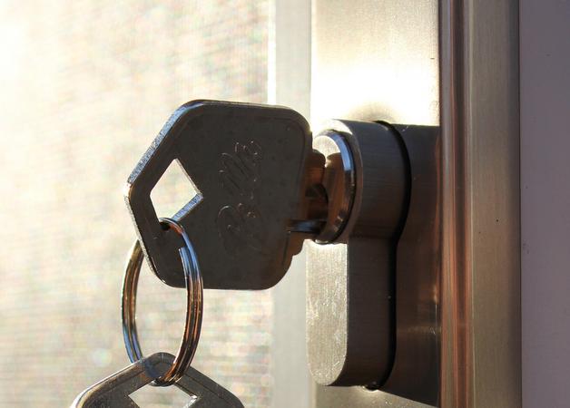 iPhoneのSafariで「パスワードを保存しない」を取り消す方法